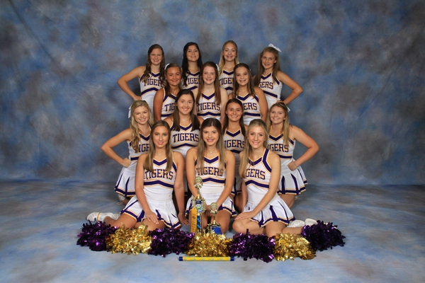 CA Varsity Cheerleaders